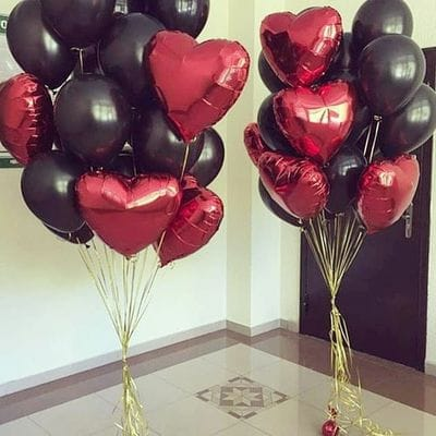 2 фонтана шаров с сердцами