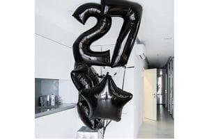 Букет с черными шарами на 27 лет