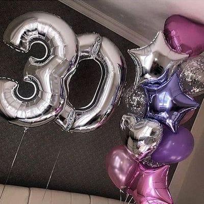 Фонтан из шаров на 30 лет