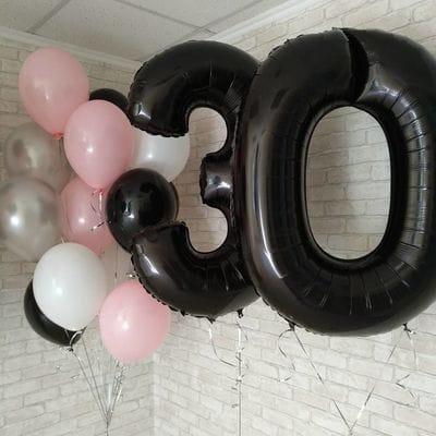 Композиция шаров на 30 лет