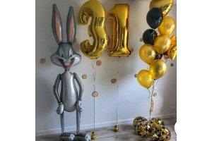 Букет шаров на 31 год с Багсом Бани